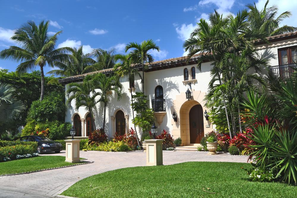 mansion-in-palm-beach-florida